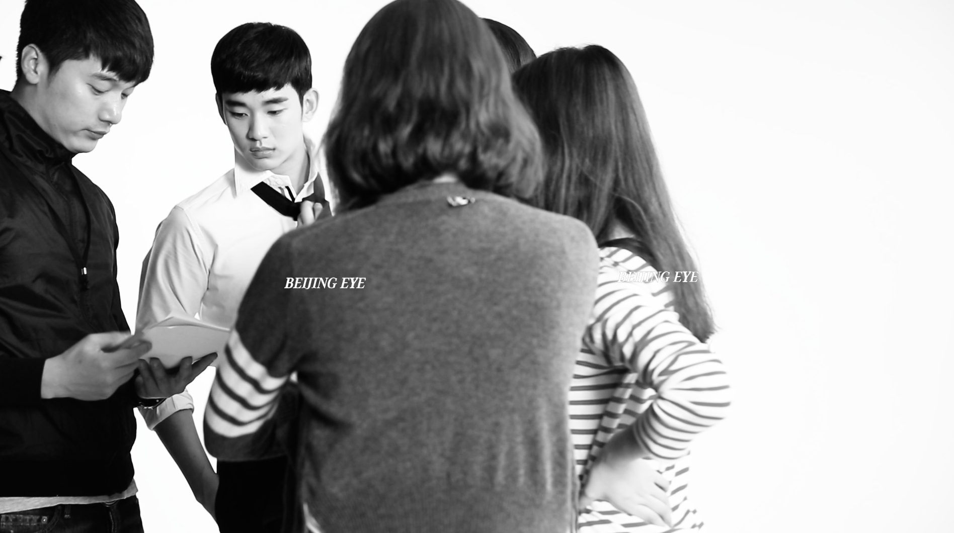 beijing-eye-produciton-yili-milk-korea-kim-soo-hyun-making-of 2