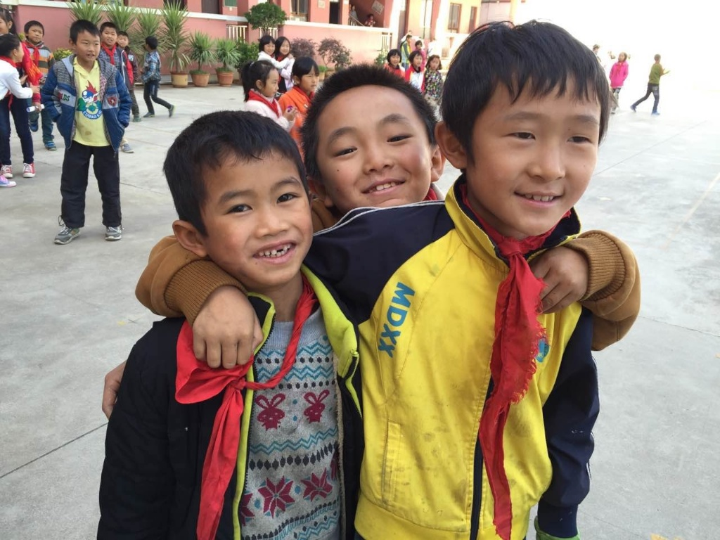 beijing-eye-video-production-kunming-luxi-charity-children 2