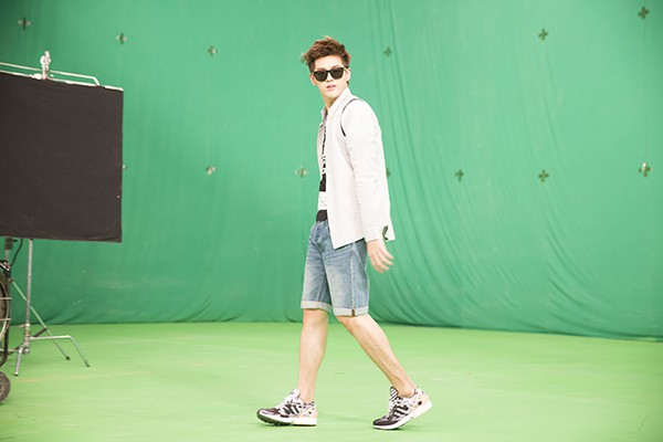 beijing-eye-adidas-originals-kris-wu-bts-003